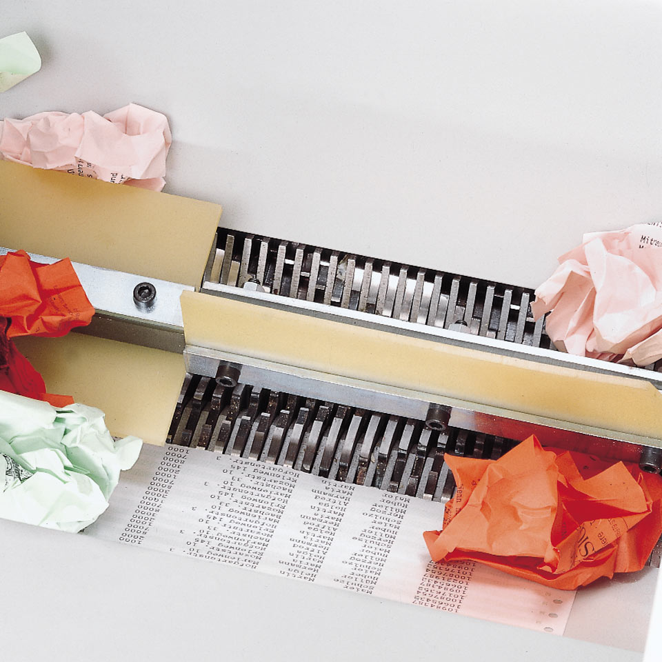 bulk paper shredding (4605)